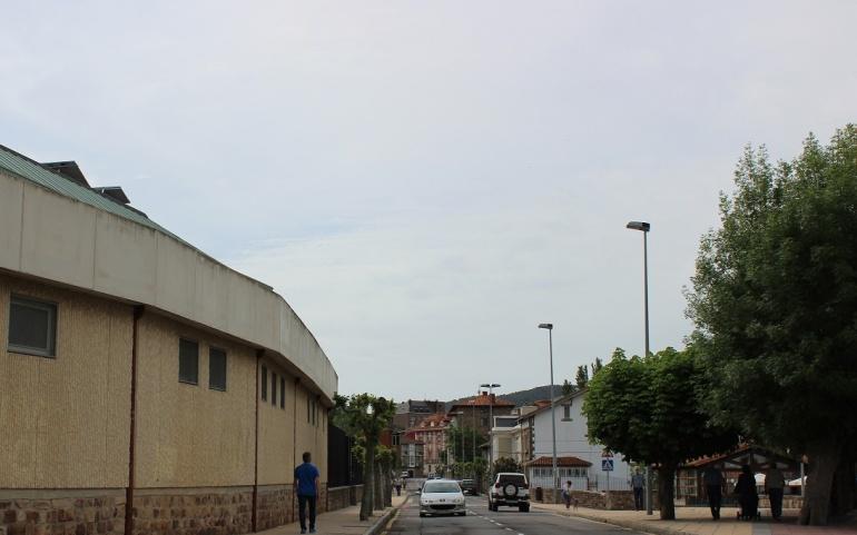 El Consistorio renovará el firme de la calle Marqués de Reinosa y del aparcamiento de los juzgados