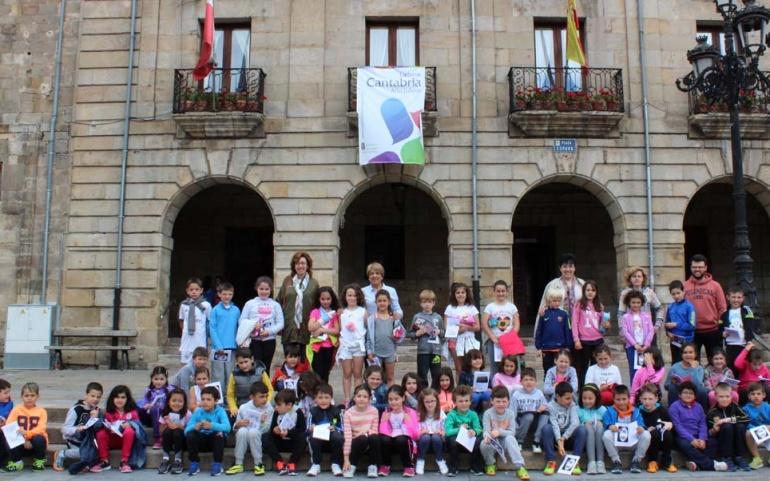 Alumnos de 2ª de Primaria del Alto Ebro visitan el Ayuntamiento de Reinosa