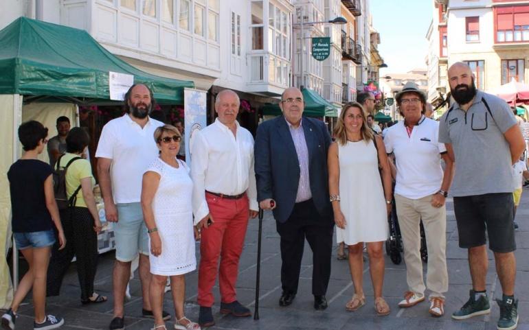 El XIV Mercado Campurriano atrae un año más a numerosos visitantes