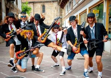 Regresa La Movida reinosana con desfiles de disfraces, fiestas y conciertos