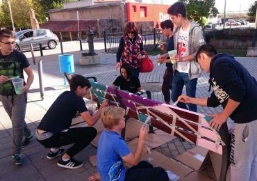 Alumnos del Colegio Antares dejan su huella en el proyecto Galería Vertical
