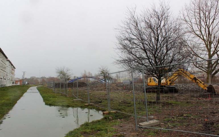 Iniciada la obra de acondicionamiento del Parque de la Avenida Naval
