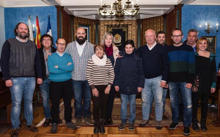 La Corporación Municipal felicita al niño Guillermo Fernández