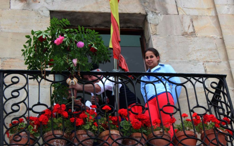 Reinosa celebra este fin de semana la Enramada de San Juan