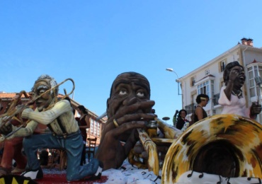 """Improvisando…Jazz"" se proclama vencedora del Concurso de Carrozas de San Mateo"