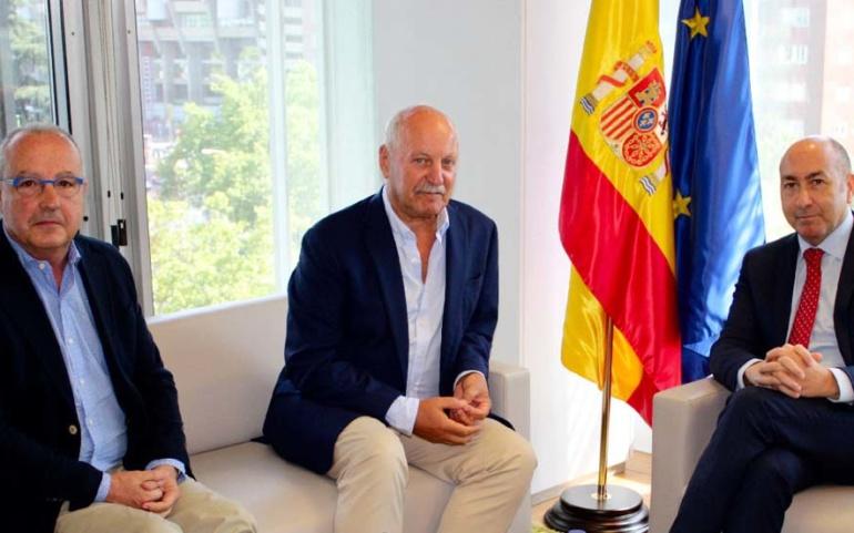 El Ayuntamiento de Reinosa estudia junto a SEPES y SICAN nuevas medidas para dinamizar el Polígono Industrial