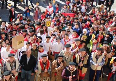 Escolares de la comarca cantan las Marzas en la Muestra organizada por el Ayuntamiento de Reinosa