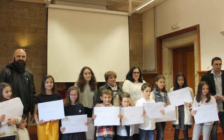 La Biblioteca Sánchez Díaz entrega los premios de los concursos de Marcapáginas, Cuentos y Poesías Breves