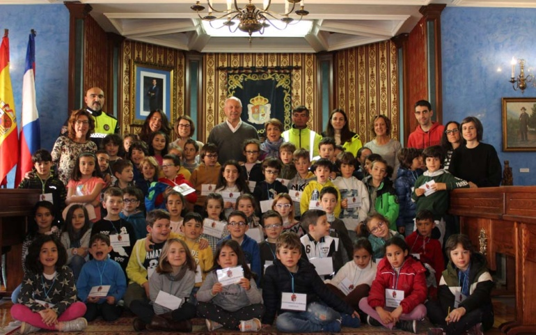 Visita de alumnos del Alto Ebro al Ayuntamiento de Reinosa