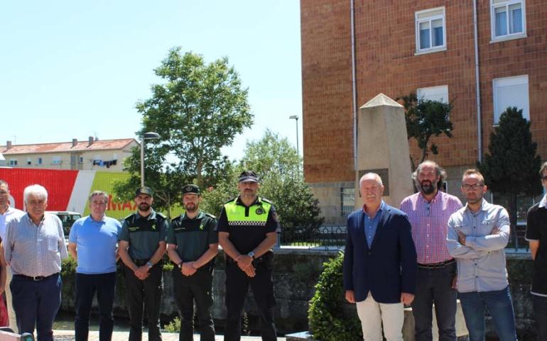 El Ayuntamiento de Reinosa homenajea a las víctimas del terrorismo