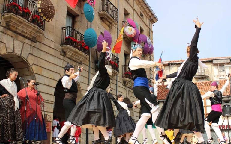El Encuentro Folclórico Internacional se traslada mañana al Teatro Principal