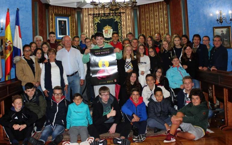 Visita de los alumnos de los centros Gemeinschattsschule Husum Nord y San José-Niño Jesús al Ayuntamiento