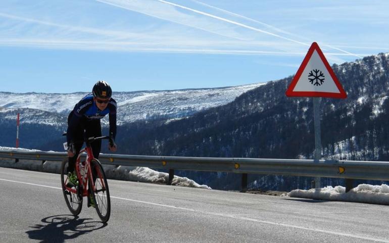 El Triatlón Blanco Reinosa-Alto Campoo se aplaza a la espera de nuevas nevadas en cotas bajas