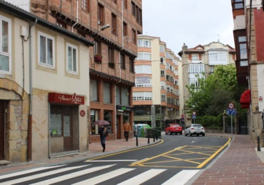 Concluye la obra de la red separativa de saneamiento en un tramo de la Avenida del Puente de Carlos III con el asfaltado definitivo