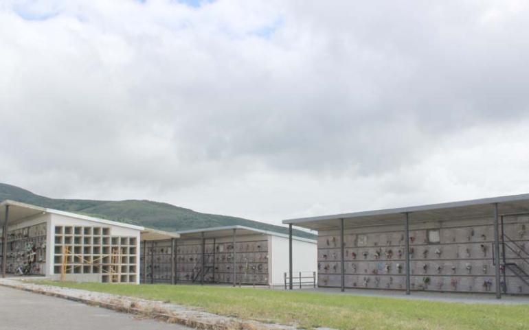 El Ayuntamiento saca a licitación la construcción de nuevos nichos y columbarios en el cementerio municipal