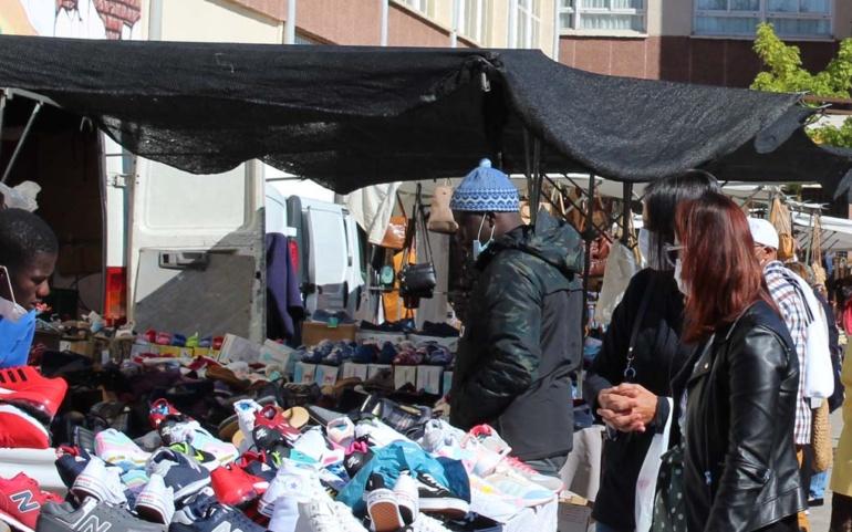 """El mercado """"de los lunes"""" recuperará la próxima semana su emplazamiento de la Plaza de Los Caños"""
