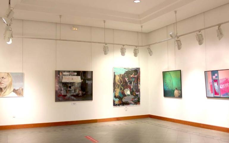 La Casona acoge una muestra con obras que han concurrido al Concurso Nacional de Pintura Casimiro Sainz