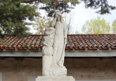 Los cementerios municipales no podrán tener más de medio centenar de visitantes a la vez