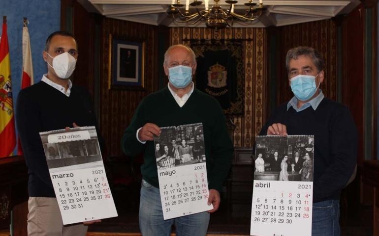 El Ayuntamiento homenajea al comercio local en el calendario municipal de 2021