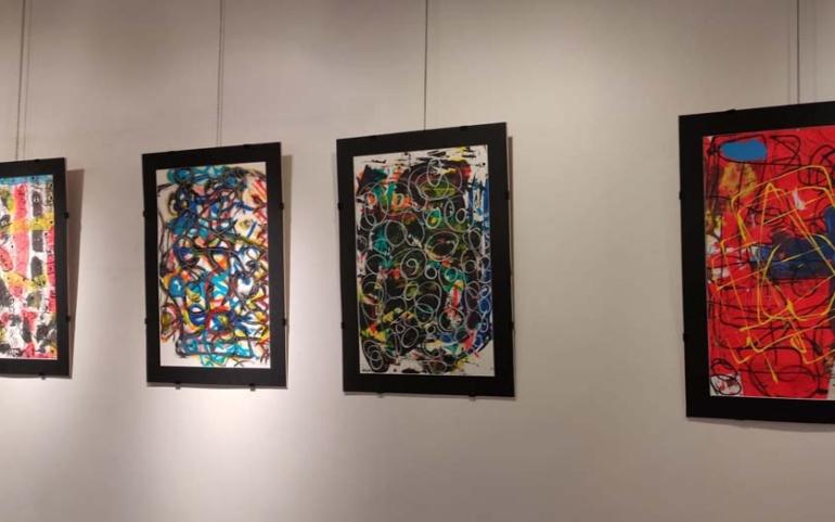 La Casona acoge la pintura abstracta de Juanjo Quiñones