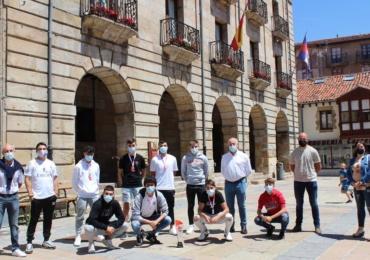 Felicitación municipal a los reinosanos subcampeones del Costa Blanca Futsal Cup
