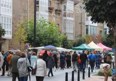 El público respalda un año más la Feria del Comercio y la Artesanía