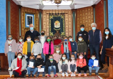Visita de alumnos del Colegio Público Alto Ebro al Ayuntamiento de Reinosa